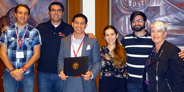 Charles Moreno and MARC scholars at the 2016 SDSU SRS